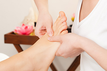 achy feet relief tips from steele creek podiatry expert
